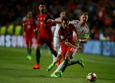 Cédric helps Portugal to victory against Hungary